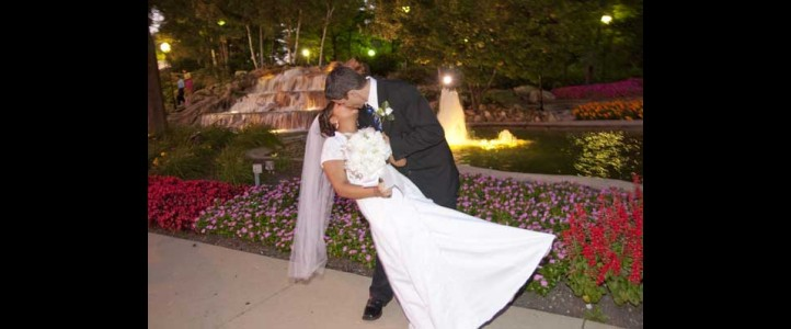 Scenic Locations for wedding Photos In Cook county suburbs Ill.
