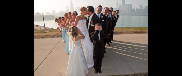 Scenic Locations for wedding photos, in Downtown Chicago IL